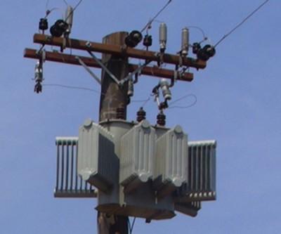 Ladrão escala poste de 6 metros e furta transformador em Ivinhema