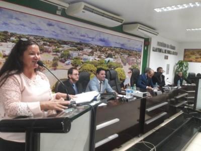 Marinalva abre trabalhos legislativos em sessão solene em Caarapó