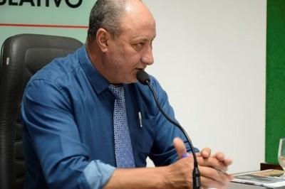 Luiz Macarrão questiona aumento abusivo em mensalidade e cobra explicações da Unicap