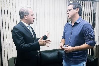 Coronel David recebe vereador Alessandro Paulino de Caarapó