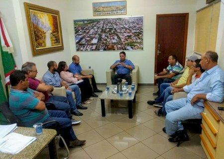 André Nezzi concede 5% de reajuste salarial aos servidores públicos de Caarapó
