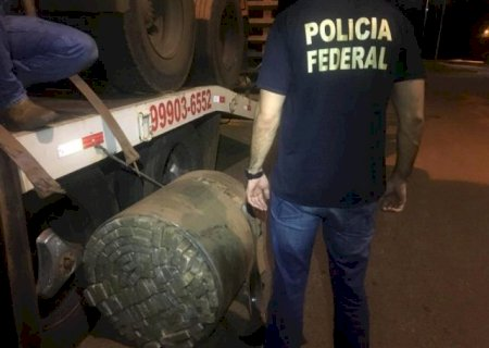 Quase meia tonelada de maconha é encontrada em tanque de carreta na BR-163 entre Caarapó e Amambai