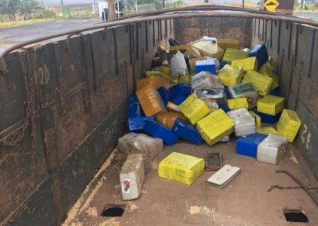 A partir de CNH falsa, PRF descobre 4,4 toneladas de maconha em MS