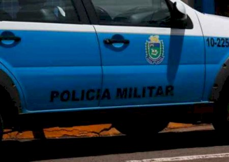 Em Caarapó, criminoso atira várias vezes contra homem e abandona motocicleta na fuga