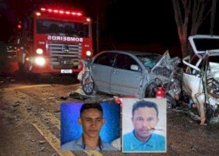 Acidente entre Uno e Corolla matou dois jovens em Vicentina