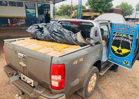 S-10 roubada transportando 1 tonelada de droga é recuperada e morador em Glória de Dourados é preso em flagrante em Ivinhema
