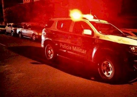 Polícia autua 11 pessoas e acaba com 'socialzinha' com aglomeração e cerveja em MS