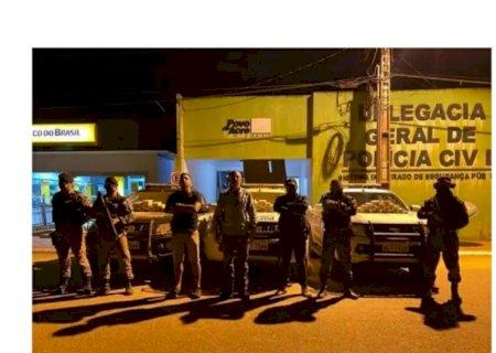 Moradores em Deodápolis e peruano são presos transportando pasta base de cocaína no Acre