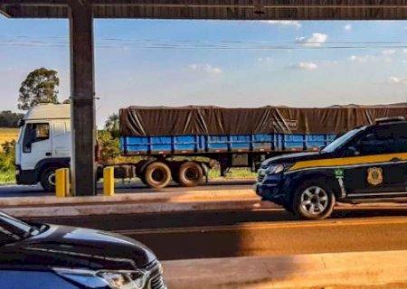 Caminhão com R$ 2 milhões em celulares contrabandeados é apreendido na BR-262 em Terenos