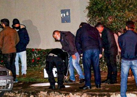 Bandidos que mataram policial em tentativa de assalto se conheceram em presídio