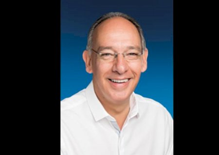 Hélio Peluffo é reeleito para a prefeitura de Ponta Porã com 90% dos votos