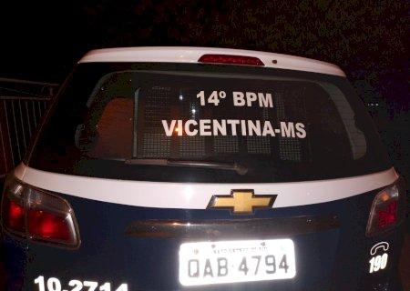 Polícia Militar de Vicentina apreende acusado de tentativa de furto em residência