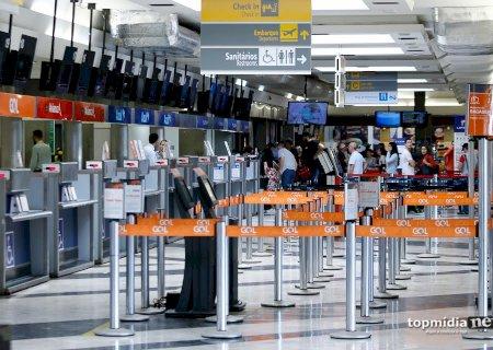 Jovem é detido na pista de pouso do aeroporto com espada \'samurai\' em MS