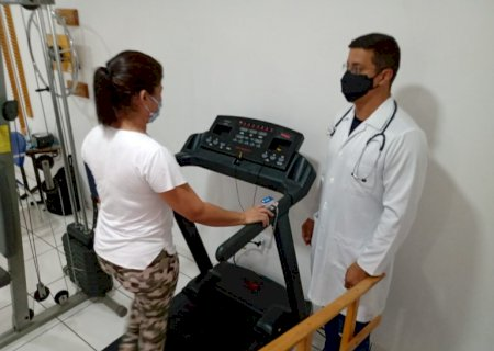Fisioterapia reabilita pacientes com síndrome do pós Covid-19 em Jateí