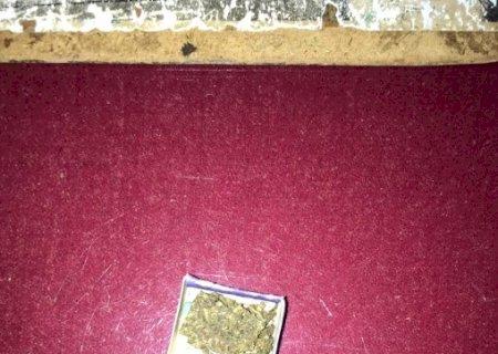 Homem é preso portando droga em Glória de Dourados