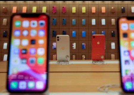 Apple economiza mais de R$ 1 bilhão na venda de iPhone sem carregador