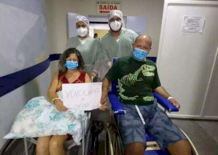 Após 35 dias, casal que ficou internado lado a lado vence a covid-19