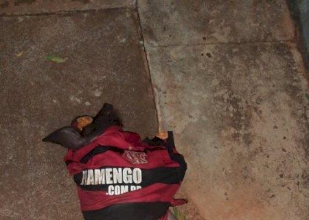 Polícia Militar de Vicentina prende ladrão de porco de sítio de vereador em Vicentina