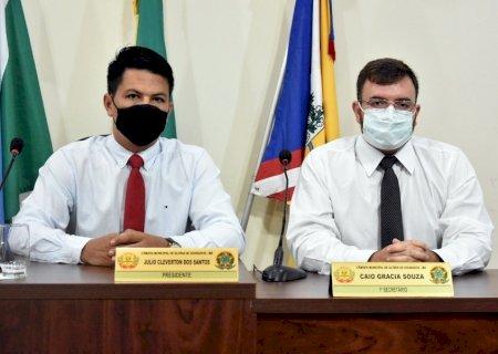 Caio e Júlio Buguelo são autores de projeto de lei que torna em serviço essencial todos os estabelecimentos de atividades físicas no município