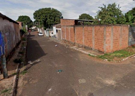 Jovem é morto com facada no pescoço no bairro Jóckey Clube