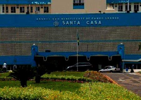 AGORA: Incêndio na Santa Casa mobiliza várias viaturas do Corpo de Bombeiros de Campo Grande