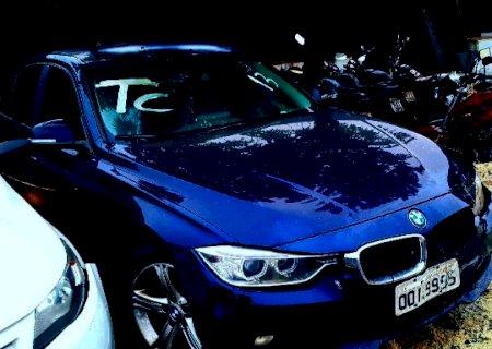 Leilão de veículos para circulação termina amanhã e tem de BMW a moto Biz