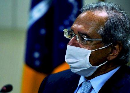 Guedes reafirma renovação do auxílio emergencial por \'dois ou três meses\'