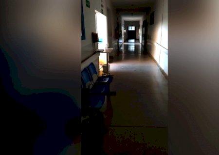 """""""Lockdown funciona"""", diz servidor sobre corredor vazio em UPA"""
