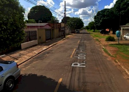 Homem é assassinado a tiros e corpo encontrado por populares em Campo Grande