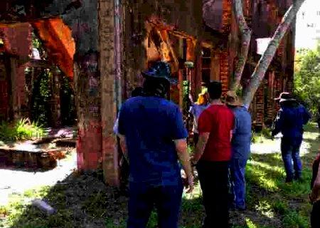 Prefeitura e Uems agilizam parceria para conservação da Usina Velha em Dourados