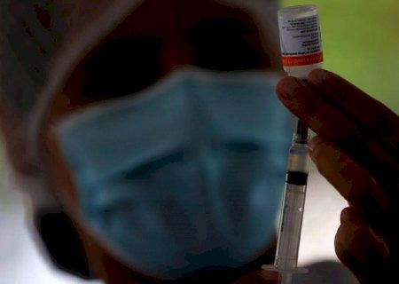 Dourados inicia vacinação em pessoas com 27 anos neste sábado