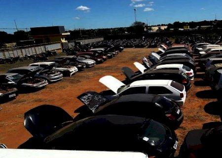 TJMS abre leilão de veículos e sucatas para limpar pátios de delegacias de MS