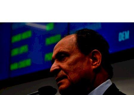 Deputado Zé Teixeira reitera pedido por redutor de velocidade em via da Capital