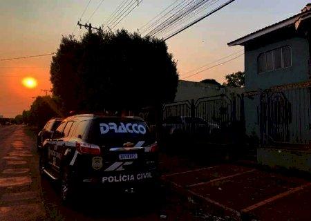 Espingarda e munições são apreendidas na casa de ex-servidor da prefeitura