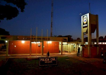 Ladrão rompe cerca elétrica, invade residência e leva R$ 19 mil em Dourados