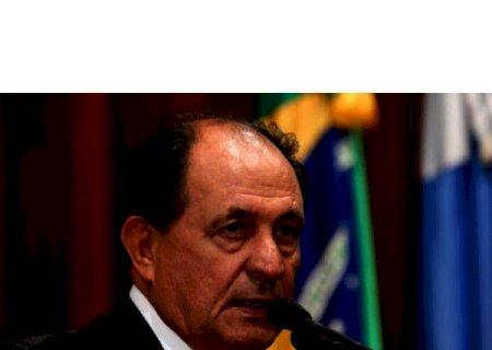 Zé Teixeira intercede por destinação de equipamentos tecnológicos para escola de Dourados