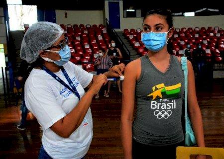 Intervalo entre doses de adolescentes subirá para 12 semanas em Mato Grosso do Sul