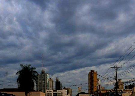Com alerta de chuva intensa, máxima é de 36ºC hoje em MS