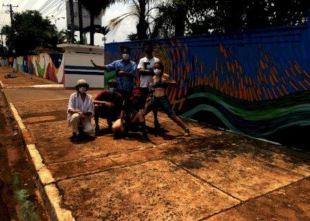 Artistas de Campo Grande se juntam e criam o maior mural de arte urbana de Mato Grosso do Sul