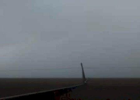 Ventos de 65km/h e 118 mil raios, deixaram moradores no escuro em 11 cidades